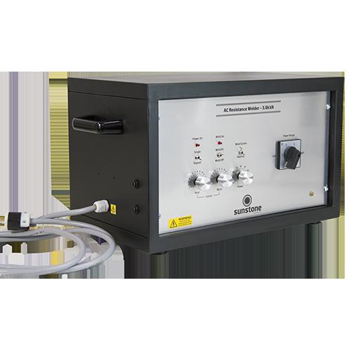 Sunstone AC 5.0 kVA交流电焊机是焊接网、箔或任何需要固定焊缝的地方的理想选择
